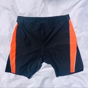 🔴🏋️♀️ Xersion fitted work out shorts Size XL